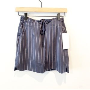 NWT Athleta Navy & White Pinstriped Midtown Skort